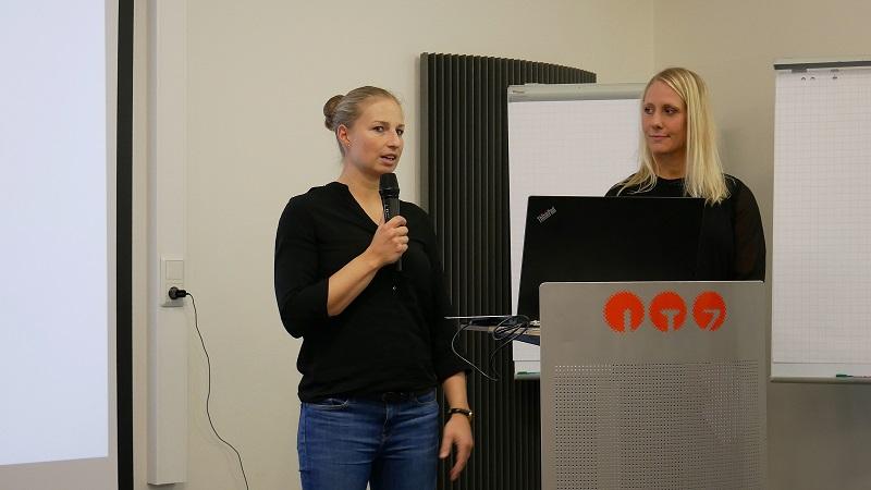 6.Gesundheitsschmiede: Matea Heil (links) und Miriam Benkner-Andre haben in Neuhof die Gesundheitsschmiede gegründet. Foto: Michael Kiel – Region Fulda GmbH