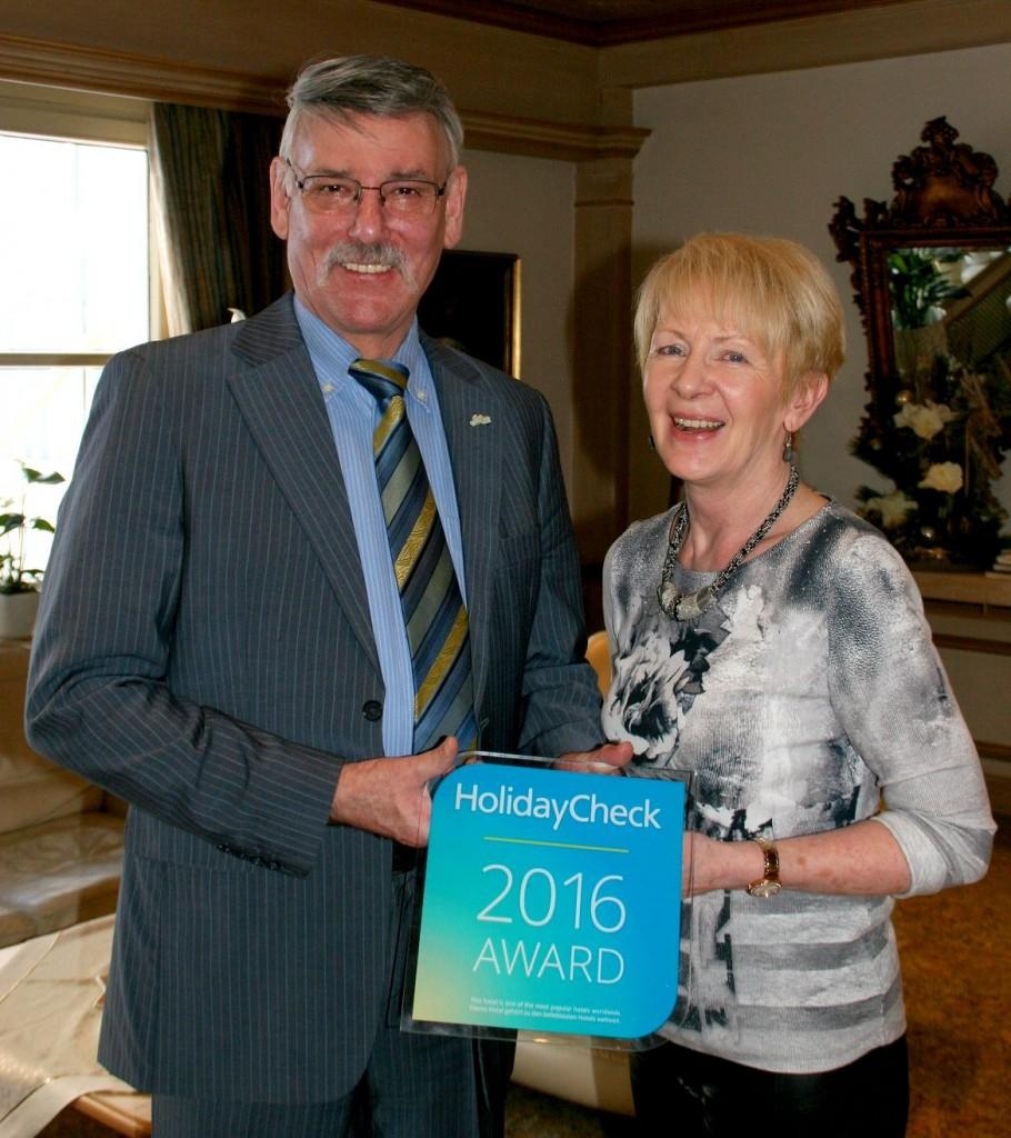 Freuen sich über die Auszeichnung: Hans-Georg und Ute Ochs vom Rhön Garden