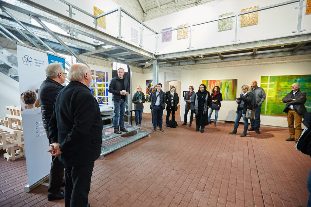 Das Marketing-Netzwerk Region Fulda zu Besuch im Hünfelder Museum Modern Art. Foto: DINIAS