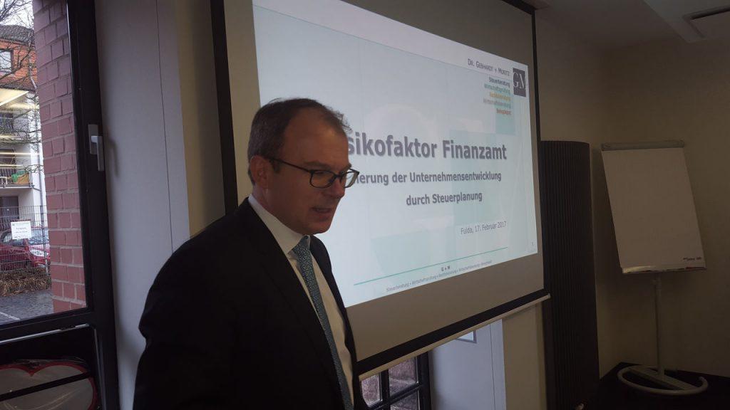 Volker Hans informierte über wichtige Steuerthemen