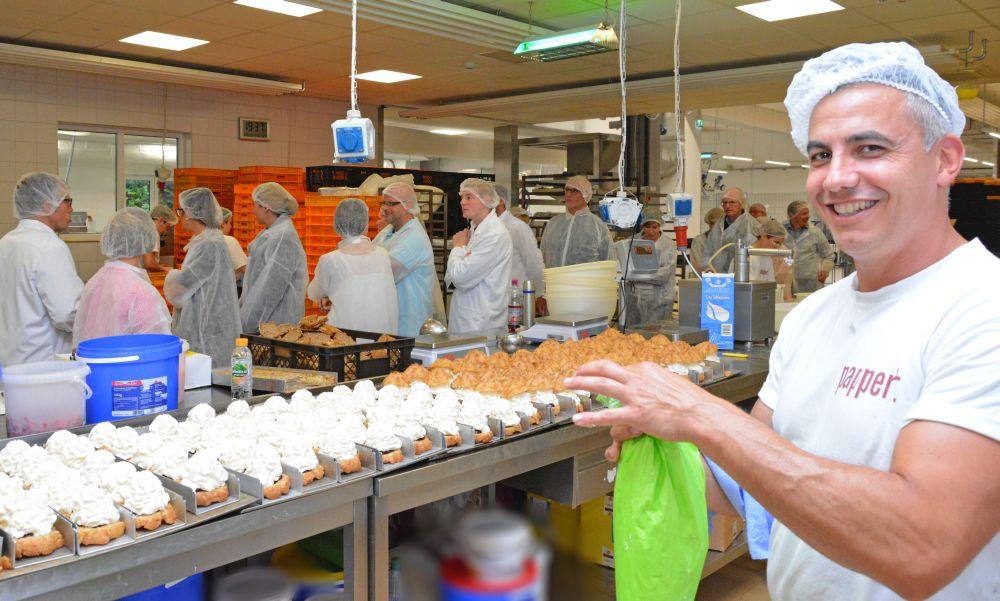 Das Marketing-Netzwerk-Fulda bei der Betriebsbesichtigung der Bäckerei Pappert