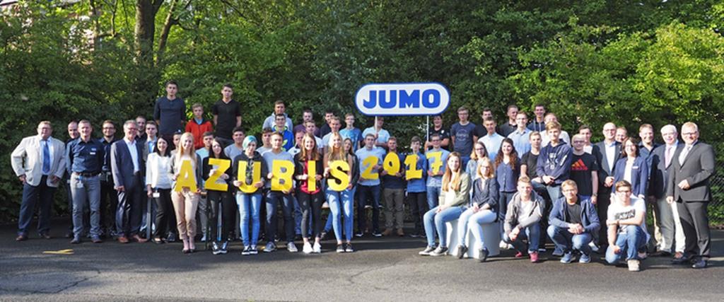 39 neue Auszubildende und DH-Studenten wurden von der JUMO-Geschäftsleitung und ihren Ausbildern am 1. August 2017 zum Start in ihren neuen Lebensabschnitt begrüßt.