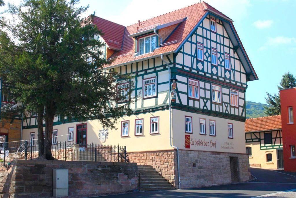 Rhöner Botschaft im Sächsischen Hof