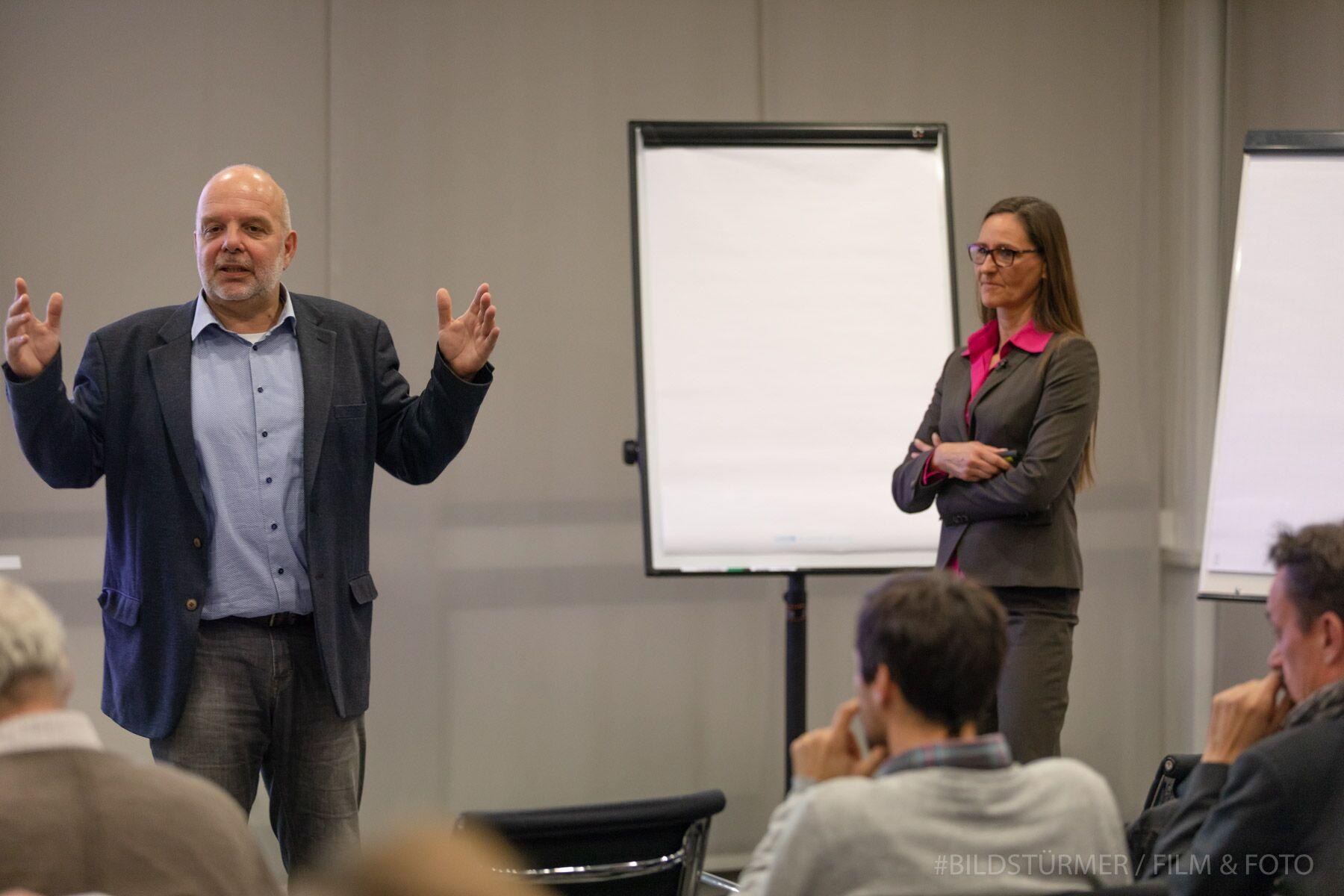 Christoph Burkard, Geschäftsführer der Region Fulda GmbH, leitete den Gründerabend ein.