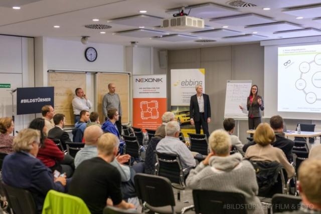 Die Gründer diskutierten Preiskriterien (von links) Thomas Noll, Christian Breitung, Guido Nehren und Tanja Ebbing