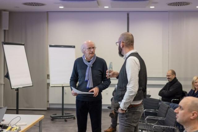 IHK-Hauptgeschäftsführer Stefan Schunck (links) im Gespräch mit Nicolas Bredel