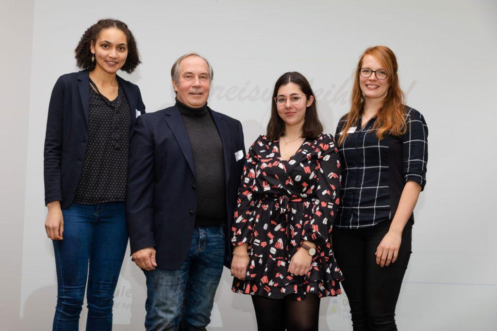 Das Gewinnerteam: (von links) Temidire Heil, Harald Wartini, Laura-Marie Ritter, Ronja Maren Helmchen